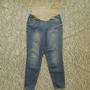 a:glow Maternity Medium Wash Full Length Jeans